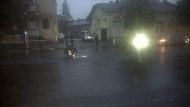 У Франківську розшукують водія, який на смерть збив пішохода та втік з місця ДТП