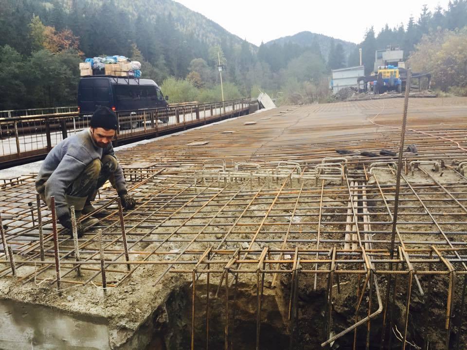 У Татарові вже за місяць буде новий міст замість аварійного