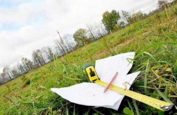 Попри карну справу, суд не повернув Міноборони 5 гектарів, куплених фірмою заступника ІФ ОДА
