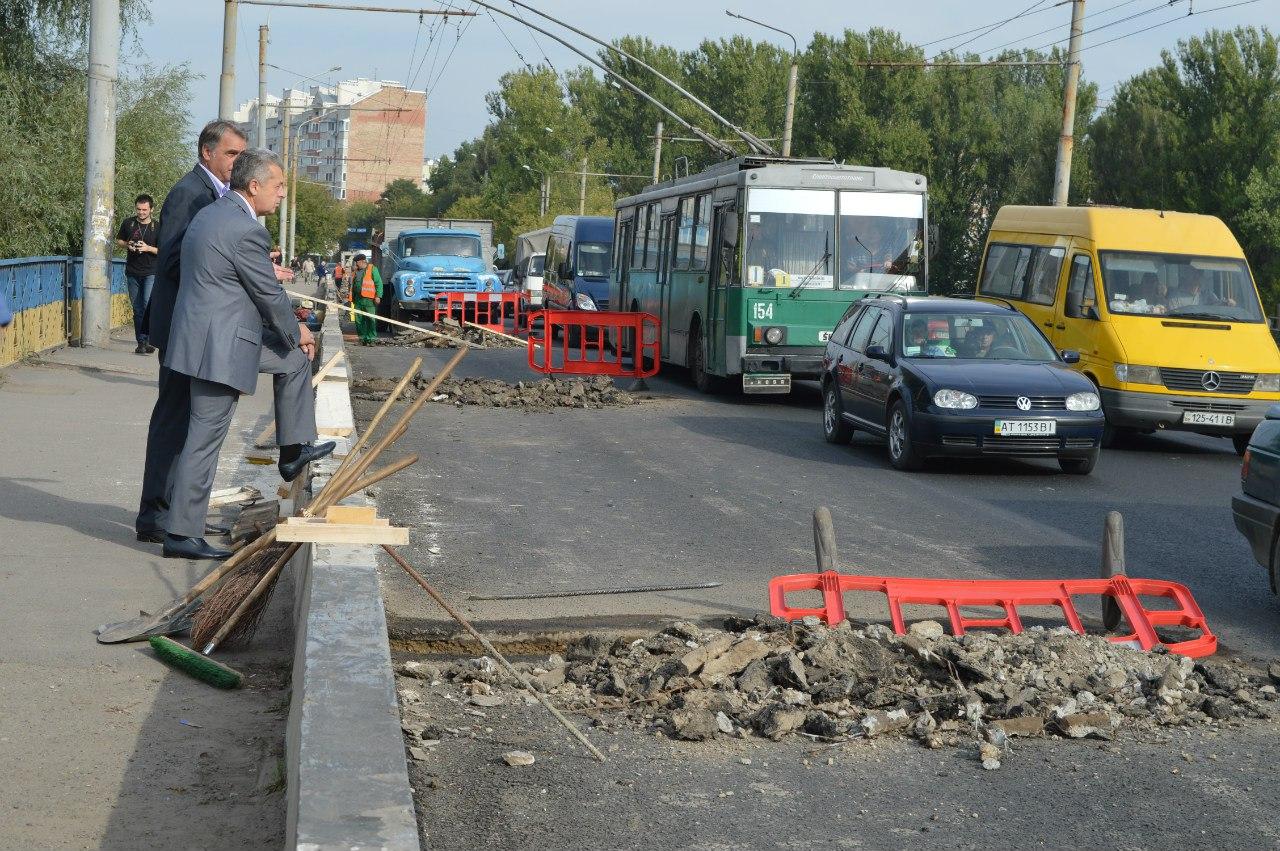 Дорожники вже цього тижня доремонтують Пасічнянський міст