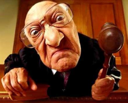 На Прикарпатті судитимуть працівника ДАІ, який вимагав та одержав 5 тисяч гривень хабаря