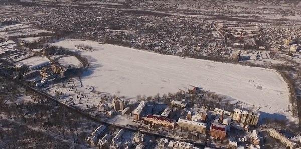 В мережу виклали відео зимового Івано-Франківська з висоти пташиного польоту