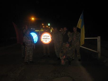 Самооборона прозвітувала про блокаду транзиту російських вантажівок у Яремче (фото)