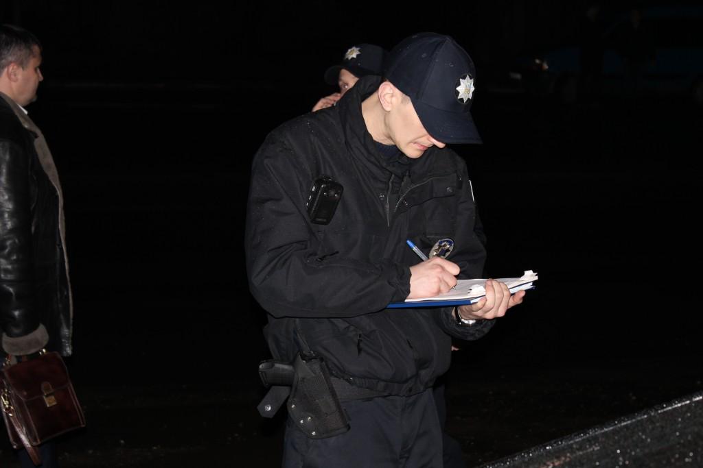 """Авторагулям, котрі приїхали на """"Антикорупційний форум"""" у Франківську доведеться сплатити штраф (фото)"""