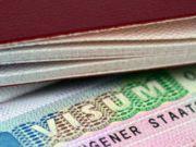 Українцям стали частіше відмовляти у візах: В яких консульствах зросла кількість відмов