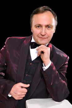 Скандальний начальник управління культури Мирослав Петрик написав заяву на звільнення з 16 лютого