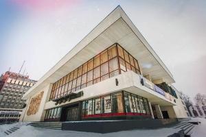 Актори Івано-Франківського драмтеатру виступили проти російського контенту в українському медіапросторі