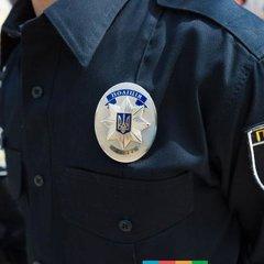 В Івано-Франківську жінка допомагала патрульним ловити власного чоловіка. ВІДЕО