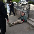 В Івано-Франківську чоловік у камуфляжі і з автоматом лякав перехожих