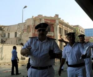 У Каїрі внаслідок нападу вбито вісім поліцейських