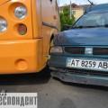 Ще одне ДТП у Франківську за участі маршрутки