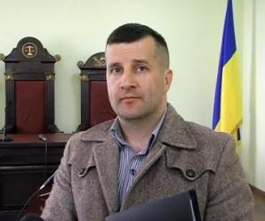 Прокурор, який протаранив світлофор у Коломиї, запевняє, що був тверезий