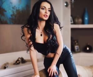 Красуня з Івано-Франківська засвітилась в еротичному відео