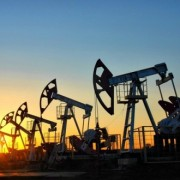 Ціна нафти Brent впала нижче 47 дол. за барель