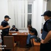 Патрульна поліція Івано-Франківська склала адмінпротокол на чоловіка, який викликав поліцію, але так і не зміг пояснити навіщо