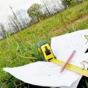 Скандал у Коломиї: місцева мешканка з чиновником не можуть поділити землю (ВІДЕО)