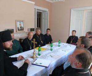 Коломийська єпархія УПЦ Київського патріархату офіційно підтвердила перехід 11 парафій УАПЦ