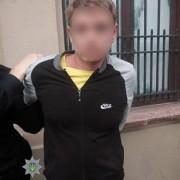 В гуртожитку на вулиці Дністровській 23-річний прикарпатець ножем порізав чоловіка