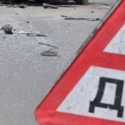 Біля Франківська рятувальники витягали водія з понівеченого автомобіля