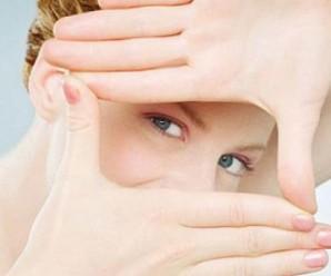 П'ять способів позбутися зморшок під очима