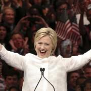 """Старт """"битви століття"""": Трамп і російські хакери проти Клінтон"""