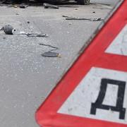 На Франківщині автівка влетіла у паркан і перекинулася. 20-річний водій помер на місці