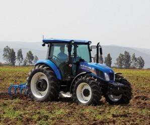 На Прикарпатті просто з поля вкрали трактор