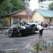Стали відомі подробиці жахливої ДТП у Коломиї, де елітна автівка влетіла у стовп
