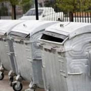 Франківці не розуміють навіщо сортувати сміття, якщо машини зсипають все докупи