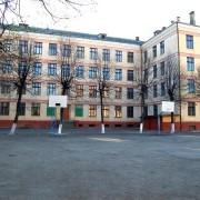 """Хлопець вчетверте """"замінував"""" школу №13 у Франківську – мер пропонує карати батьків"""