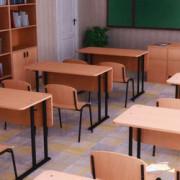 Деякі навчальні заклади Франківська отримають нові меблі