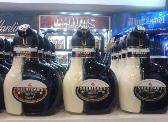 Sheridan's_liqueus-Noi_Bai_airport_free_duty_shop