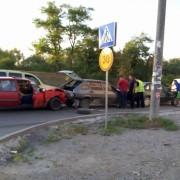 В Івано-Франківську трапилася потрійна ДТП (фото)