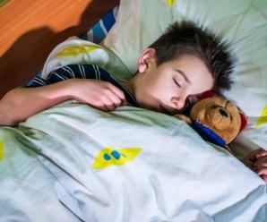 Прикарпатцям на замітку: 7 способів привчити дитину до правильного режиму сну перед школою