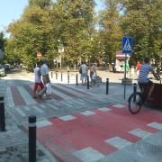 В центрі Івано-Франківська з'явилися нові підняті пішохідні переходи (фото)