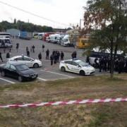 У Дніпрі порушник ПДР застрелив патрульного і зник з місця події