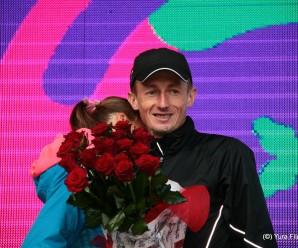 Франківський спортсмен зробив пропозицію коханій під час Півмарафону
