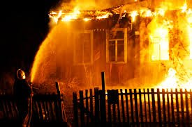 На Прикарпатті 2-річний хлопчик згорів заживо.