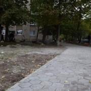 В Івано-Франківську триває комплексний ремонт дворів (фото)