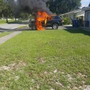 У США через смартфон Samsung згорів джип