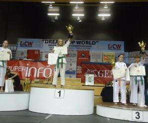 Прикарпатська спортсменка поставила нові рекорди на чемпіонаті світу з карате