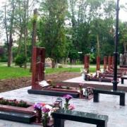 У Франківську затримали чоловіка, який обкрадав могили бійців АТО