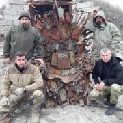 """Військові з АТО зробили """"залізний трон"""" як у """"Грі престолів"""""""
