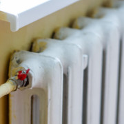Завтра міськвиконком планує ввімкнути тепло у лікарнях, школах та дитсадках