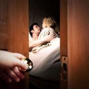 Психологи встановили, коли відбувається перша подружня зрада