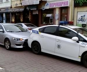 В Івано-Франківську автомобіль патрульної поліції потрапив у ДТП (фото)