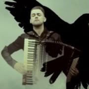 Мережу накрила неймовірна музика українського акордеоніста