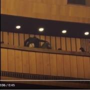 В оперному театрі Дніпра жінка побила чоловіка молотком (відео)