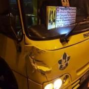 У Києві маршрутка перевернула авто: водій Kia звинуватив рятівників у крадіжці