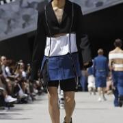 Чоловічий показ мод у Парижі: видовище не для слабкодухих (ФОТО)